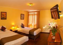 Dm Hoteles Ayacucho - Ayacucho - Habitación