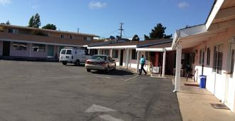 National 9 Motel - Watsonville