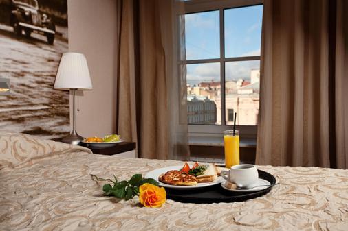 Nevsky Forum Hotel - Saint Petersburg - Food