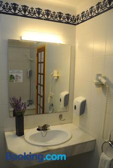 Hovima Atlantis - Adeje - Bathroom