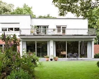 Villa V - Viersen - Gebouw
