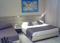 希塔酒店 - 利佛諾 - 里窩那 - 臥室