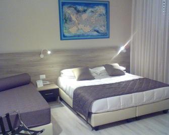 Hotel Città - Livorno - Schlafzimmer
