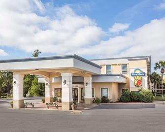 Super 8 by Wyndham Valdosta Mall - Valdosta - Gebouw
