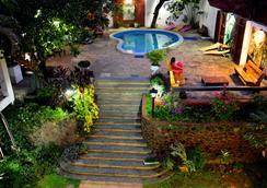 El Viajero Asuncion Hostel & Suites - Asunción - Vista del exterior