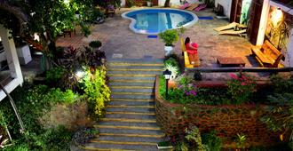 El Viajero Asuncion Hostel & Suites - Asunción - Näkymät ulkona