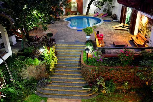 El Viajero Asuncion Hostel & Suites - Asunción - Buiten zicht