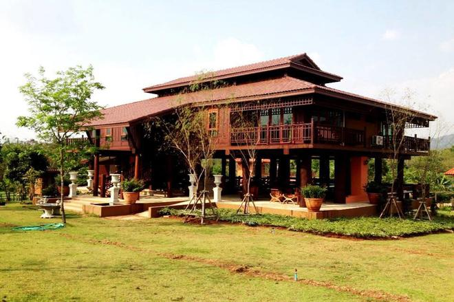Taksina Garden Resort - Ban Patirup Thidin - Building