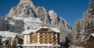 Hotel Col Alto - Corvara in Badia - Building