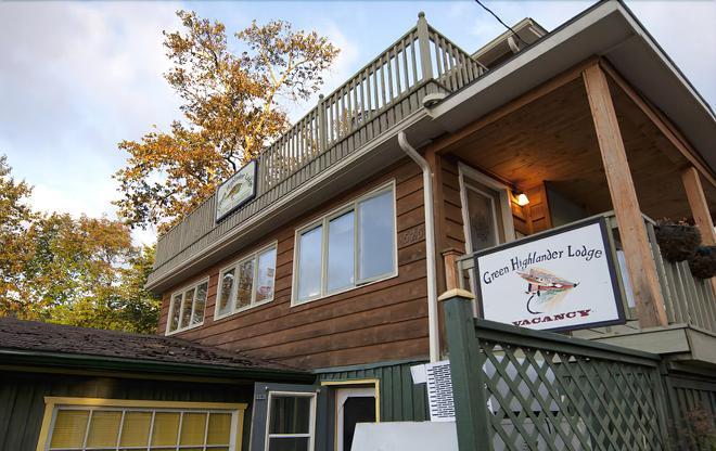 Green Highlander Lodge - Baddeck - Building