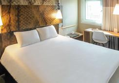 Ibis Avignon Centre Gare - Avignon - Bedroom