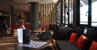 Ibis Avignon Centre Gare - אביניון - טרקלין