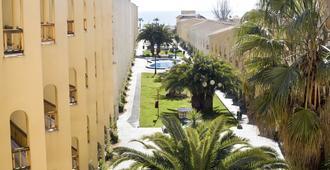 Apartamentos turísticos Jardines del Plaza - Peníscola - Outdoor view