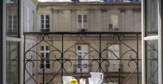 Hotel Voltaire Opera Nantes Centre - Νάντη