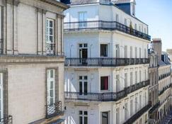 Hotel Voltaire Opera Nantes Centre - Nantes - Building