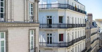 Hotel Voltaire Opera Nantes Centre - Nantes - Rakennus