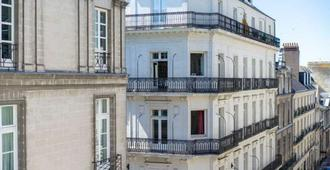 Hotel Voltaire Opera Nantes Centre - נאנט