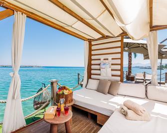 Lord's Palace Hotel Spa & Casino - Kyrenia - Plajă