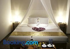 Mekong Riverside Boutique Resort & Spa - Cái Bè - Bedroom
