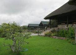 Mondjila Safari Camp - Campsite - Ombika - Buiten zicht