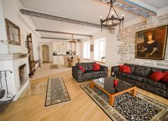 Oldhouse Apartments - Tallín - Sala de estar