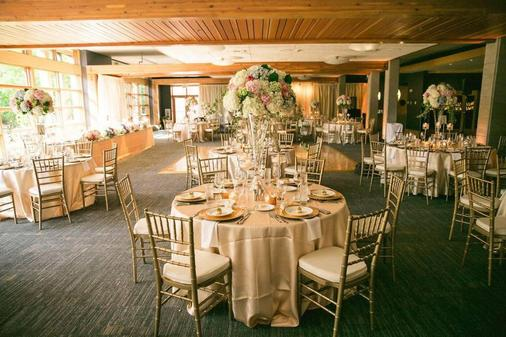 Cedarbrook Lodge - SeaTac - Banquet hall