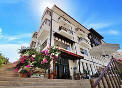 Doada Hotel - Datça - Building