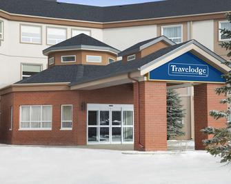 Travelodge by Wyndham Strathmore - Strathmore - Building