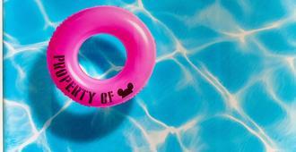 Hotel Lulu, BW Premier Collection - Anaheim - Svømmebasseng