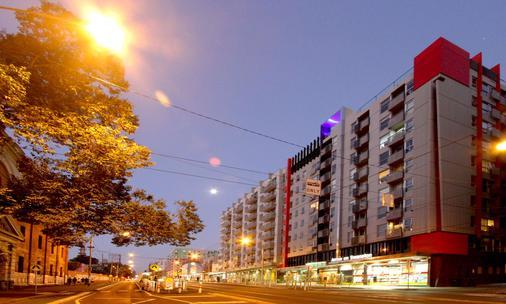 斯旺斯頓之箭酒店 - 墨爾本 - 建築