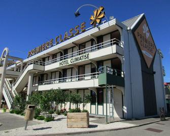Premiere Classe Avignon Nord - Le Pontet - Le Pontet - Building