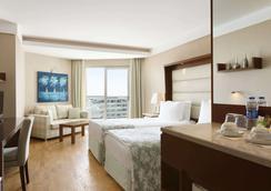 Ramada Plaza by Wyndham Antalya - Antalya - Bedroom