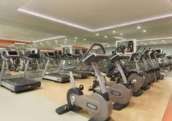 Ramada Plaza by Wyndham Antalya - Antalya - Gym