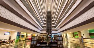 安塔利亞華美達廣場酒店 - 安塔利亞 - 安塔利亞 - 大廳