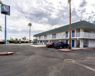 Motel 6 Blythe - Blythe - Gebäude