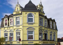 Hotel Villa Svd - Schneverdingen - Gebäude
