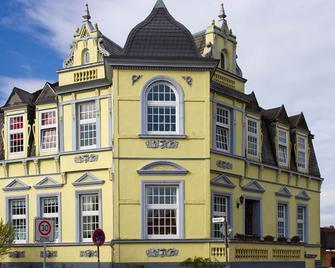 Hotel Villa Svd - Schneverdingen - Building