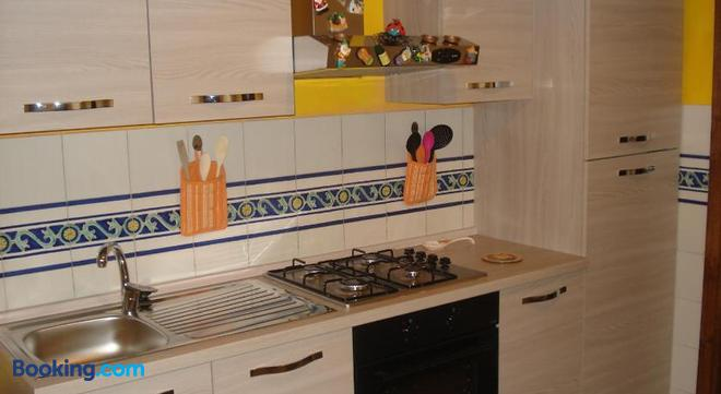 Scala Apartment Francesco - Florence - Kitchen