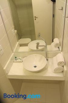Golden Suite Hotel - Campinas - Bathroom