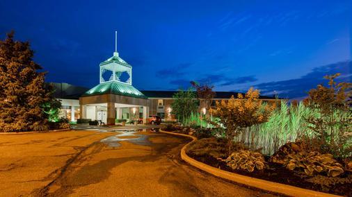 Best Western Plus Stoneridge Inn & Conference Centre - London - Toà nhà