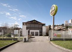 B&B Hotel Saint Etienne - La Terrasse - Villars - Budynek