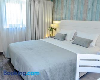 Villamar Style Maison - Назаре - Bedroom