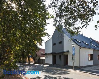 Penzion Linhart - Poděbrady - Building