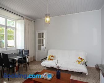 Cantinho do Solar - Vila Franca do Campo - Living room