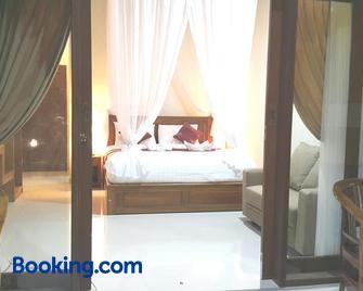 Nadya Homestay - Banjar - Bedroom