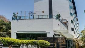 Ramee Guestline Hotel Juhu - Mumbai - Building