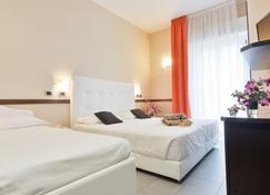 Hotel Derby - Rímini - Habitación