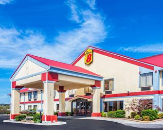 Super 8 by Wyndham Morristown/South - Morristown - Building