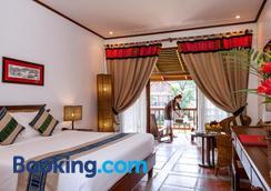 Riverside Boutique Resort, Vang Vieng - Vang Vieng - Bedroom