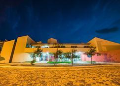 Hotel Amarração - Luís Correia - Edificio